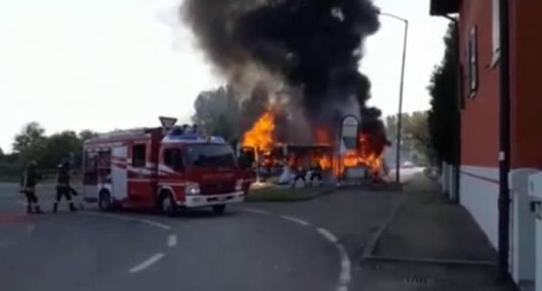 Ufficio In Fiamme : Autobus in fiamme tra modena e campogalliano: il commento cisl